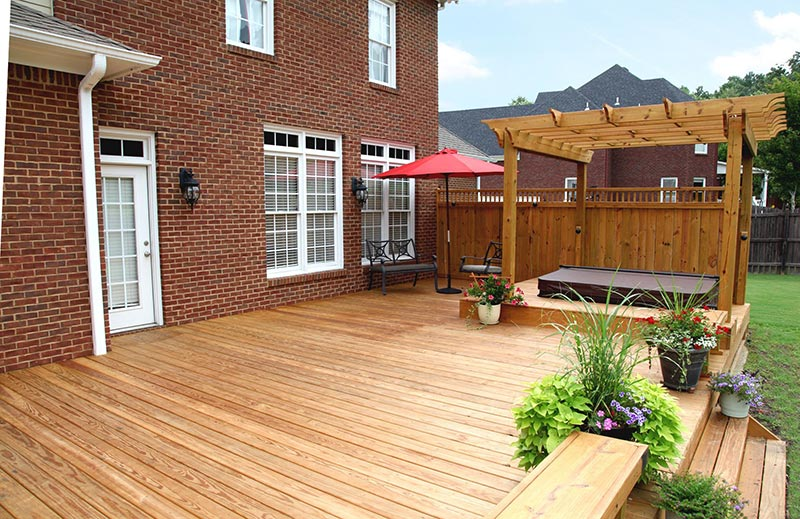 Quiet Corner:Ideas and Tips for Custom Front Yard and ... on Back Garden Decking Ideas id=96191