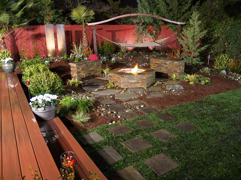 Quiet Corner:Small Backyard Relaxing Design - Quiet Corner on Diy Backyard Remodel  id=97005