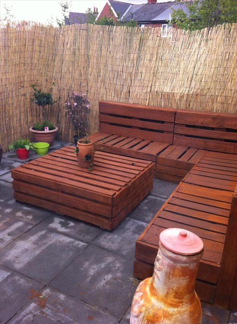 Furniture Ideas For An Elegant And Refined Living Room: Quiet Corner:Wonderful Wood Pallet Outdoor Furniture Ideas
