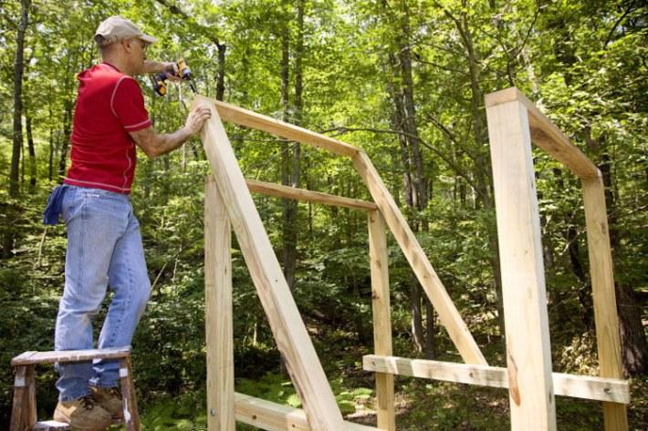 Quiet corner diy backyard wooden swing set quiet corner for 4x4 swing set plans