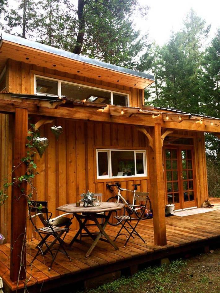Keva Tiny House: A Smallish Living on Salt Spring Island