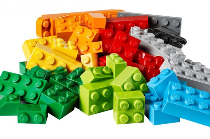 This Kid Just Created The Most Amazing Thing Using Thousands Of Lego Bricks