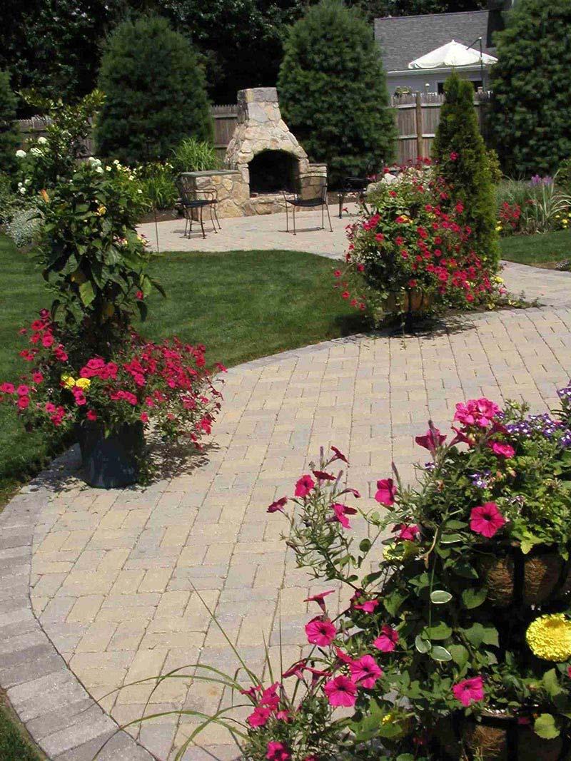 Quiet Corner:Amazing Backyard Landscaping Ideas - Quiet Corner on Back Patio Landscape Ideas id=56227