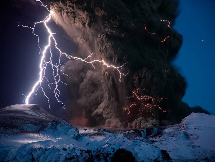 Power of Nature - 7 Epic Displays Of Lightning