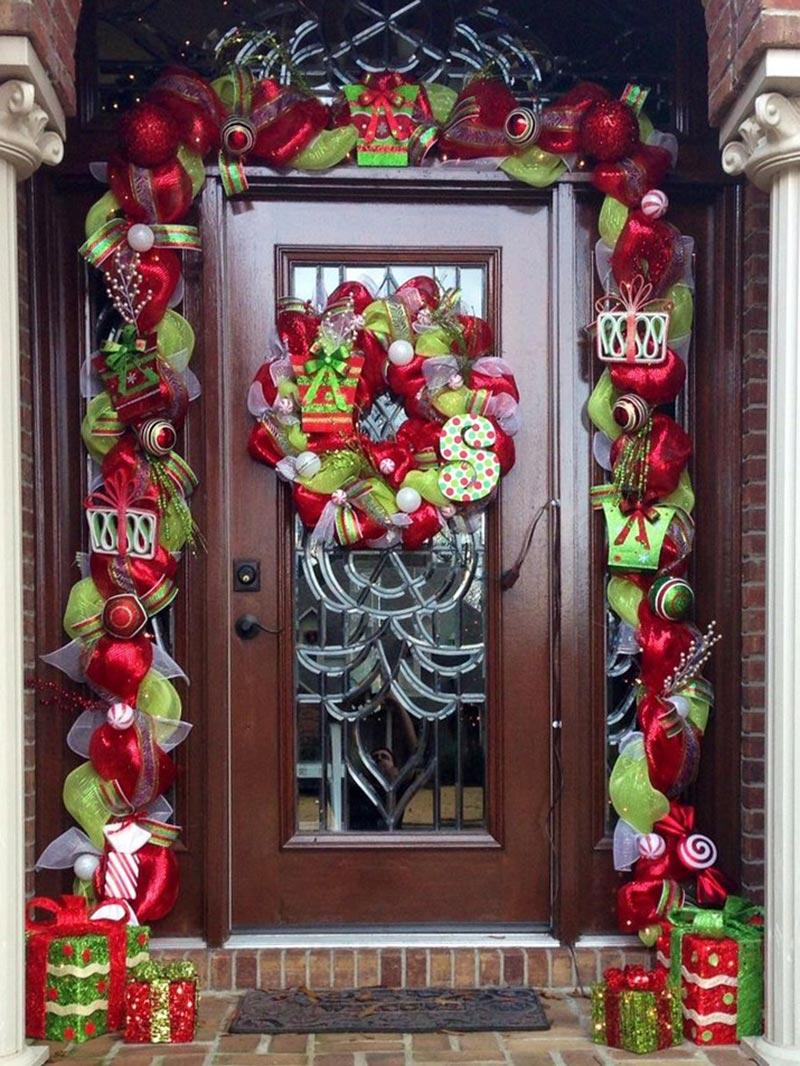 christmas front door decorations - Christmas Front Door