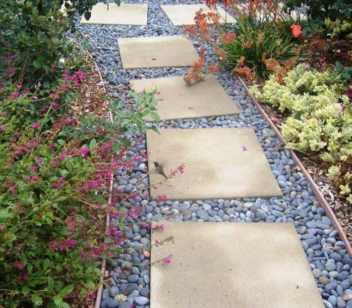 Quiet Corner Container Gardening Ideas: Quiet Corner:Garden Walkways Tips And Ideas