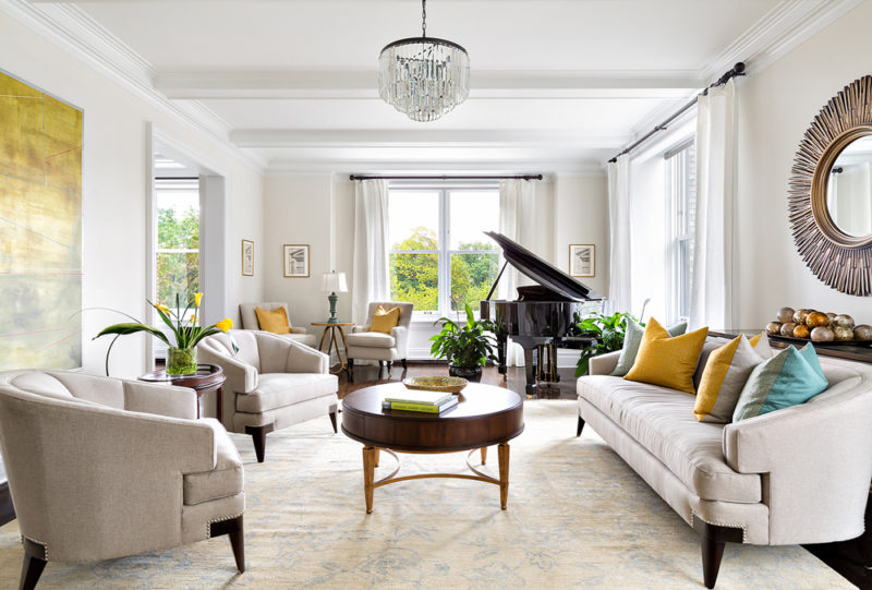 The Rug Guide—How to Select the Perfect Rug for a Balanced Space