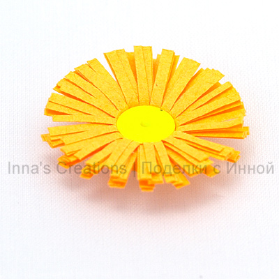 paper quilling fringed flowers tutorial
