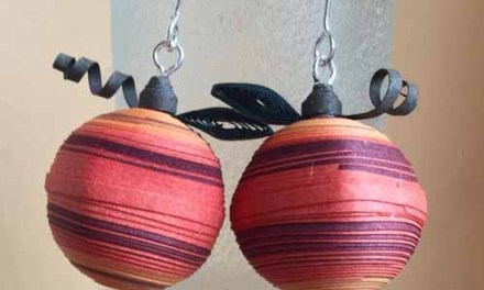Small Paper Quilling Pumpkin Earrings Tutorial