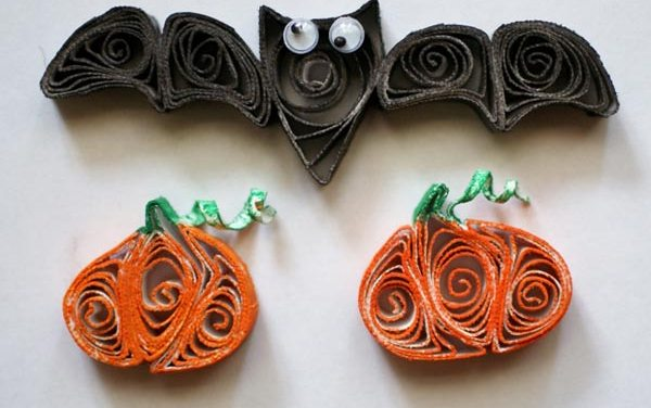 Paper Quilled Bat and Pumpkin for Halloween