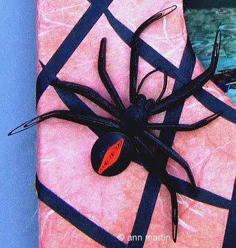 paper quilled spider tutorial