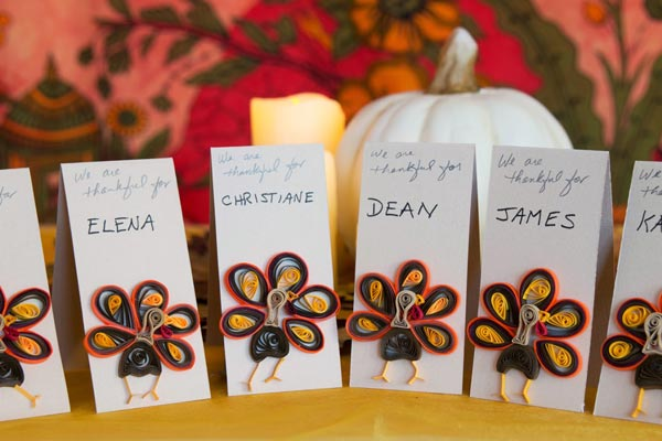 paper quilled turkey place cards tutorial