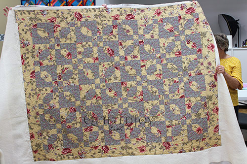 JoAnna's Flower Focal Fabric Quilt after renting a longarm machine at Quilted Joy