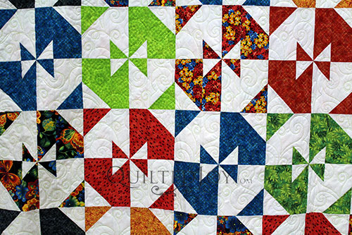 Pam's Disappearing Pinwheel Twist Quilt, longarm quilting by Angela Huffman