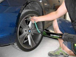 También se pueden inflar neumáticos con nitrógeno gaseoso