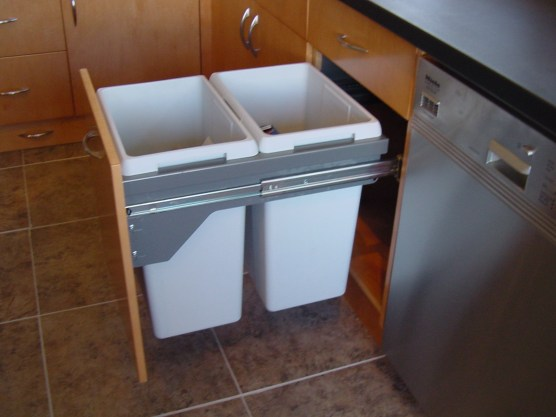 Kitchen Cabinets - Garbage Compartments - quinju.com