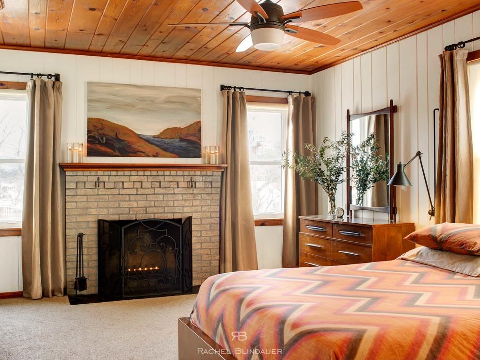 pine ceiling bedroom www.quinju.com
