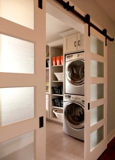 Glass laundry room door-natural light-quinju.com