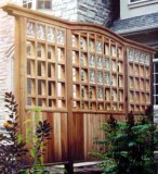 Fence / landscaping feature / divide sections of yard / privacy / wood / quinju.com