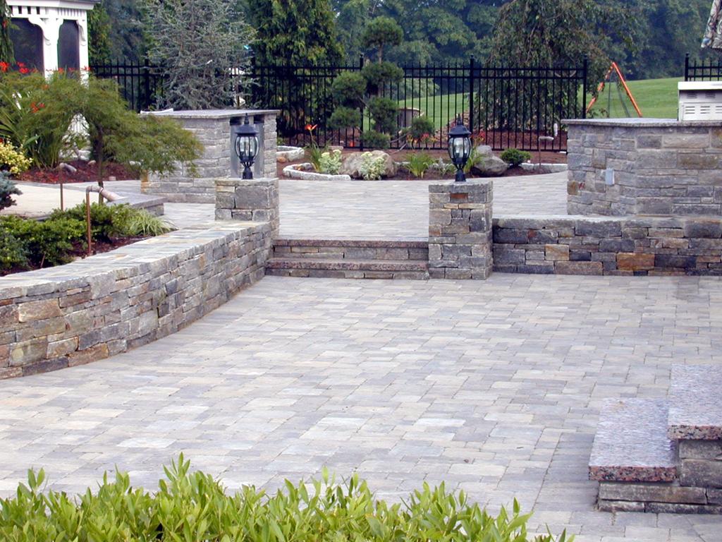 Patio Paver Choices Natural Stone Patio.quinju.com