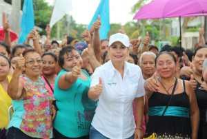 Ofrece Susy Hurtado impulsar la economía familiar