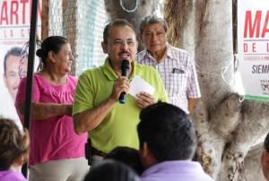 Funcionarios públicos cercanos a la gente: Martín de la Cruz