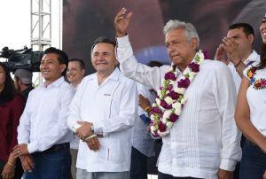 José Luis Pech Várguez solicita el voto para morena