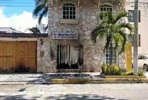 Queman y rafaguean la barbería del Cubano Roque