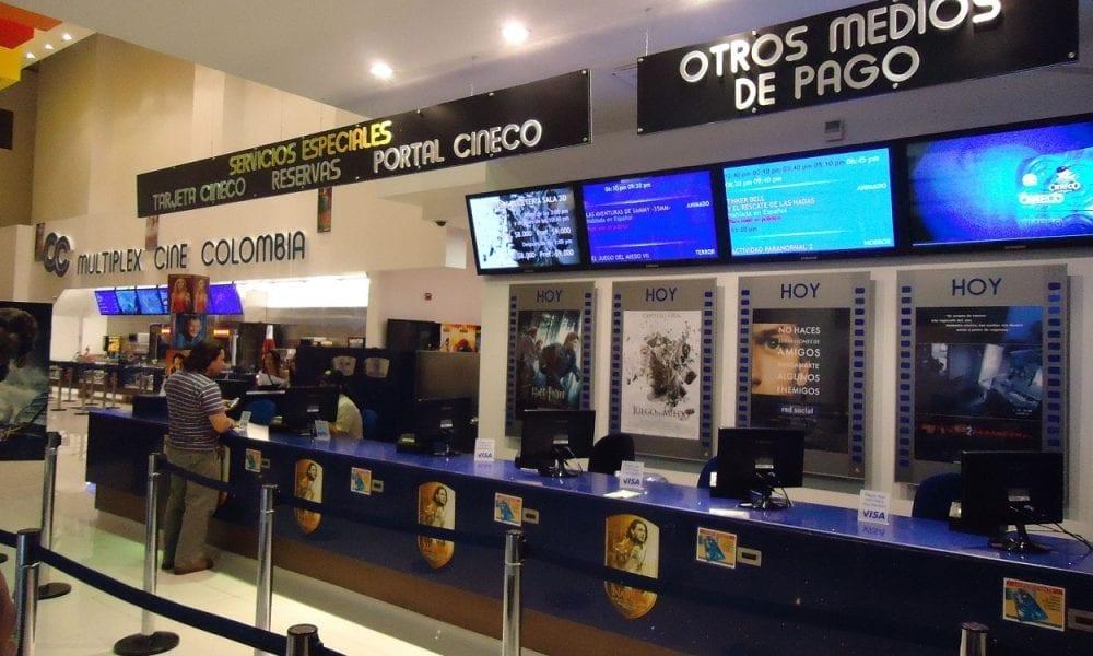 Cine Colombia aplaza la reapertura de sus salas y anuncia una nueva fecha