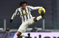 Cuadrado entra en la historia de Juventus y supera al maestro
