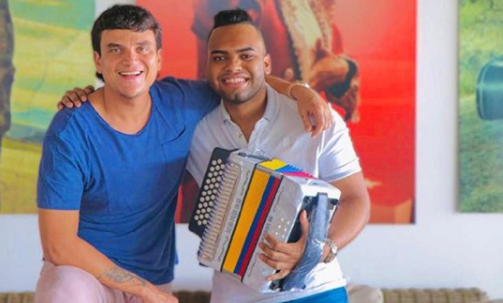 El regalo de Silvestre Dangond al 'Negrito' que le gusta