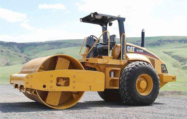 CAT CS-563 15 ton. Roller