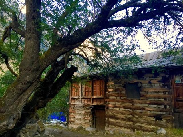 batseri-village-sangla-valley