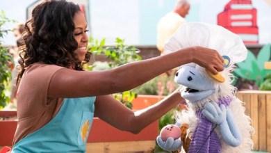 Photo of Michelle Obama, dueña de un supermercado en nueva serie de Netflix