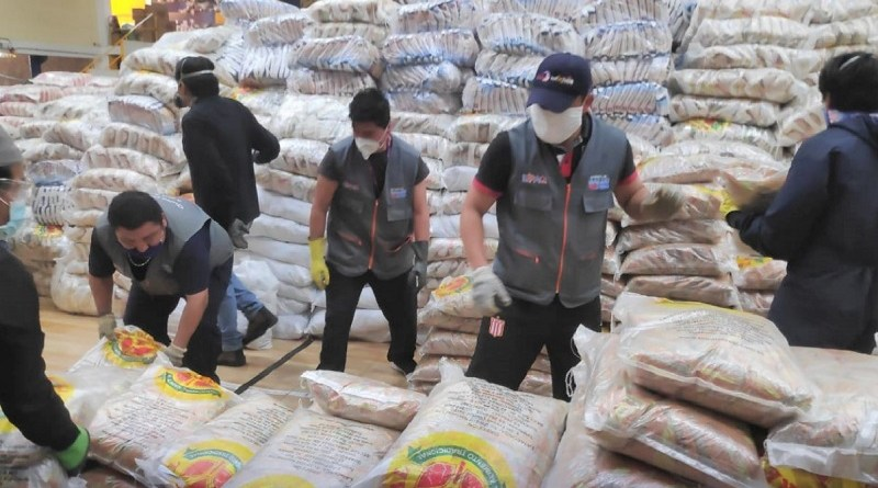 Instituciones municipales continúan elaborando kits alimenticios en Quito