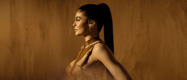 Beats by Dre-Kylie Jenner-Balmain_2