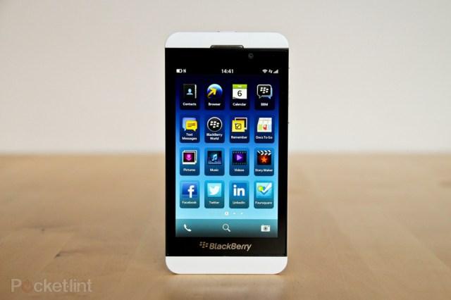 blackberry-z10-review-blackberry-10-0