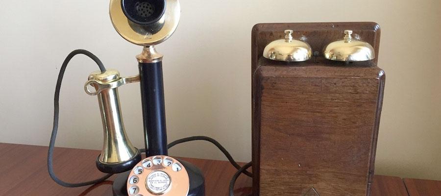 telefonos antiguos infografia