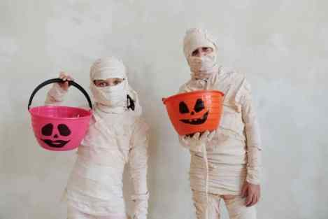 Images of Halloween costumes