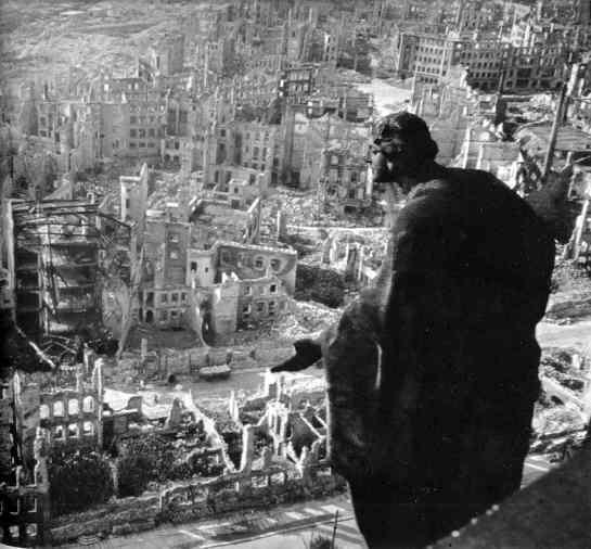 Dresden-destroyed_1945