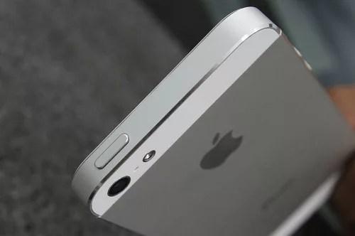 Sửa nút nguồn iphone 5s tại Nha Trang 1