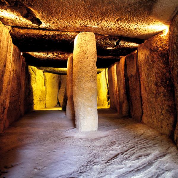 antequera_andalucia_ dolmenes