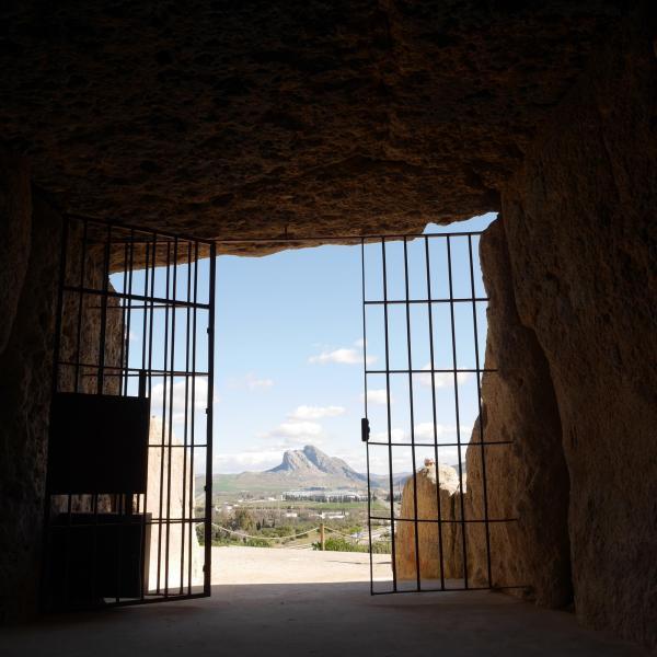 interior dolmenes antequera