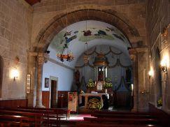 800px-Iglesia_de_Santiago_de_Sigrás