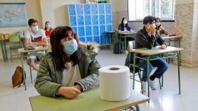aulas alumnos con mascarilla