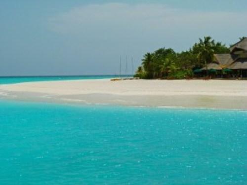 banyan tree hotel in maldives
