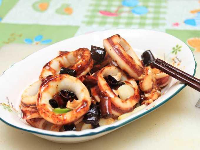 宮保鮮魷 芹菜魷魚 - 熱炒廚房●一次兩道魷魚料理