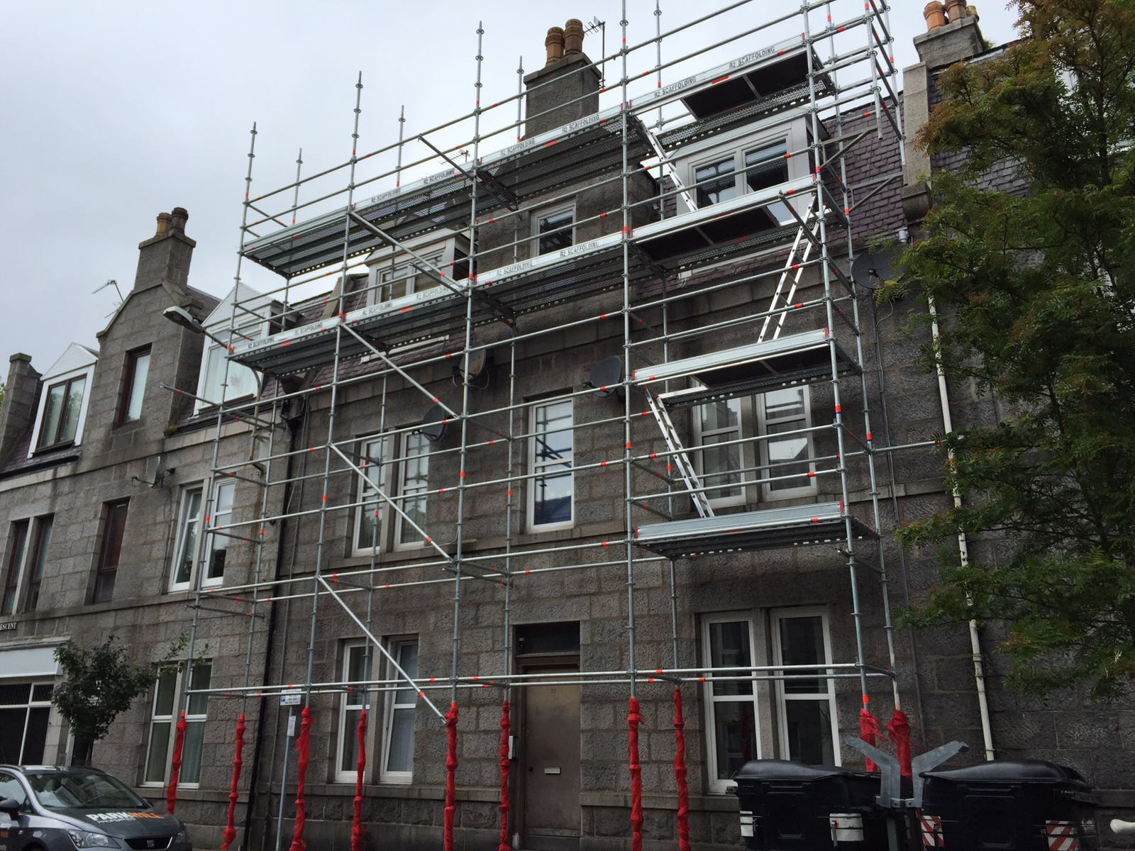 Scaffolding in Aberdeen Granite