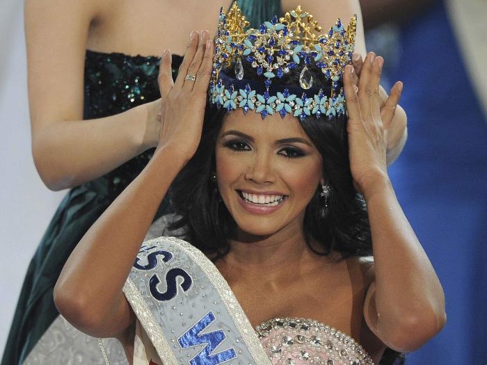 https://i1.wp.com/www.r7.com/data/files/2C95/948F/335F/7593/0133/7A5F/22D6/59B5/Reuters-Miss-Mundo-2011.JPG