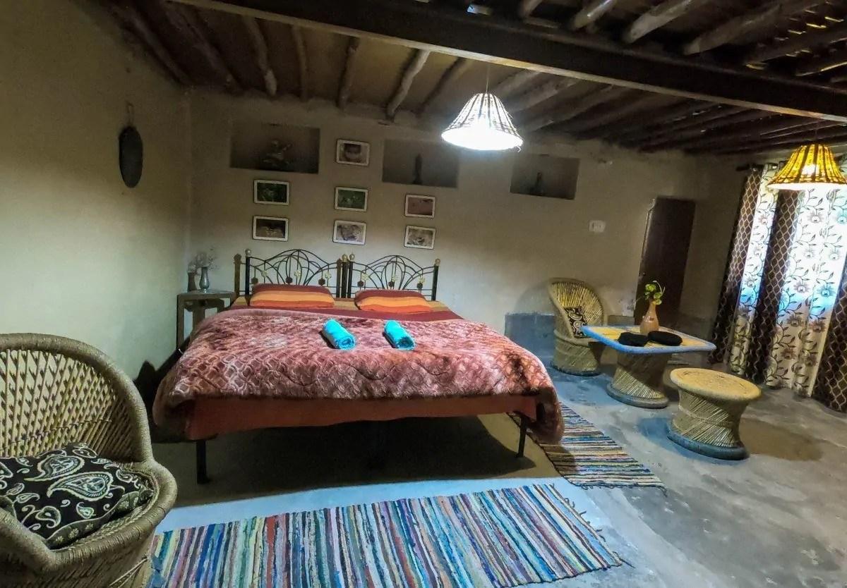 mayur kaksh of raadballi - best jungle resort near dharamshala
